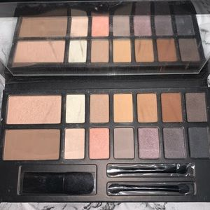 Kevyn Aucoin The Legacy Palette BRAND NEW